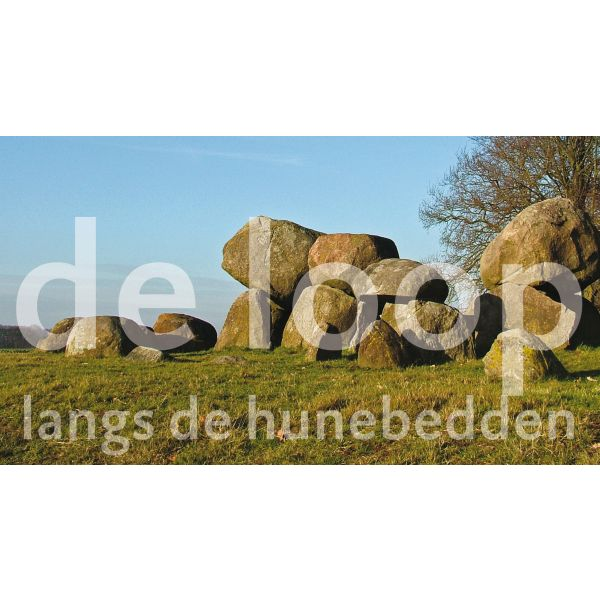 Loop langs de hunebedden
