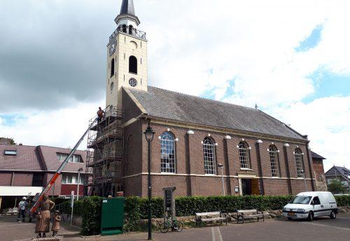 Kerktoren Margarethakerk Odoorn in de steigers