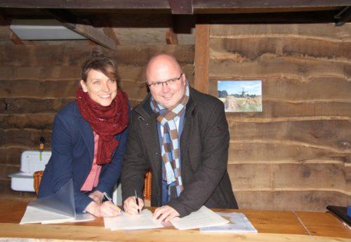 Overdracht molens Gemeente Coevorden aan Het Drentse Landschap