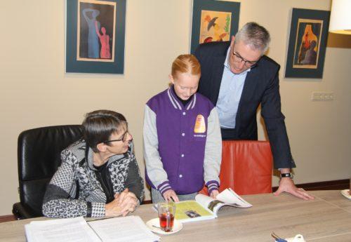 Provincie Drenthe schenkt bijdrage voor kindereditie Kwartaalblad